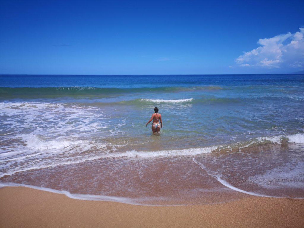 Touriste à la plage à Terre-de-Haut, Les Saintes